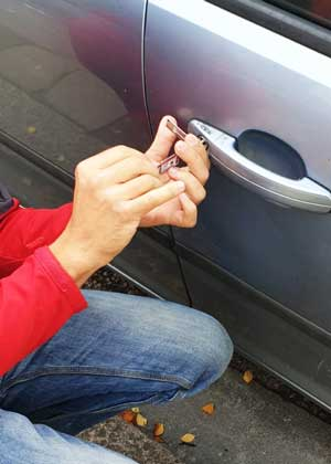 car opening service in Harrow