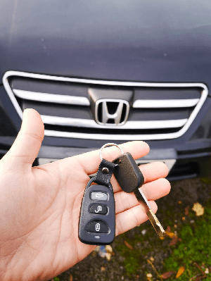 24/7 Emergency car key replacement services